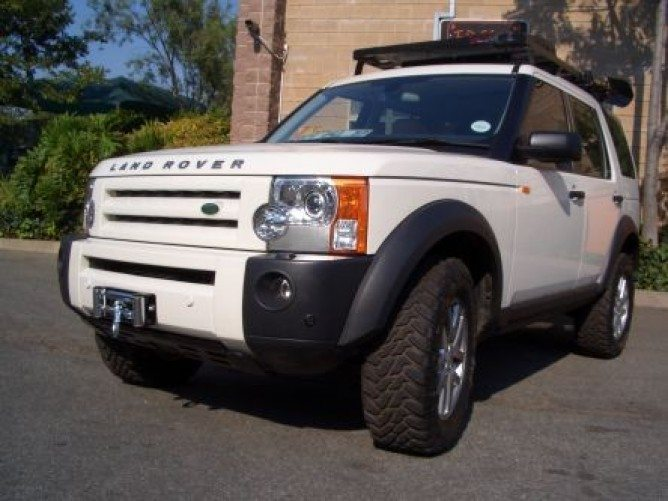 ... front-runner-winch-plate-land-rover-discovery-lr3- & Land Rover Discovery LR3 Winch Plate - by Front Runner - PF Adventure