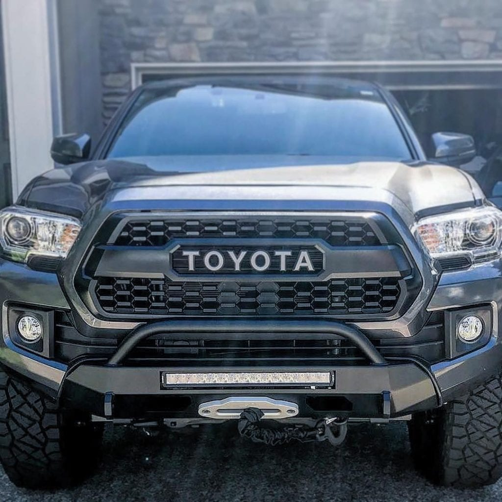 2016+ TACOMA SLIMLINE HYBRID BUMPER WITH ACCESS HOLES AND 20″ HEISE on